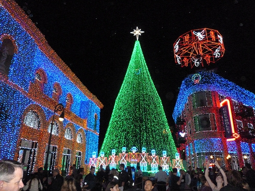- Could The Osborne Family Lights Show Come Back After All?