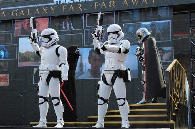 Star Wars A Galaxy Far Far Away (Disney World Show)