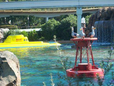 Finding Nemo Submarine Voyage (Disneyland)