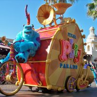 Pixar Play Parade (Disney California Adventure)