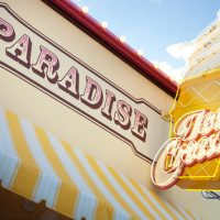 Paradise Pier Ice Cream Company - Extinct Disneyland Attractions