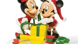 isney's Mickey & Minnie Mouse Wrapping Gifts Christmas Decoration