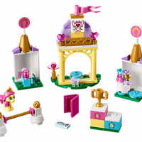 Disney Petite's Royal Stable LEGO Set