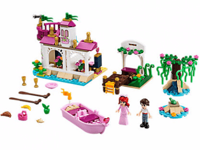 Disney The Little Mermaid Ariel's Magical Kiss LEGO Set