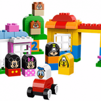 Disney Mickey & Friends LEGO Set
