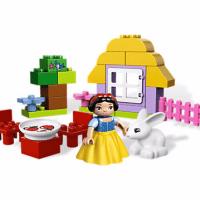 Disney Snow White's Cottage LEGO Set