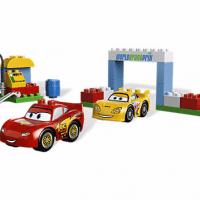 Disney Cars 2 Race Day LEGO Set