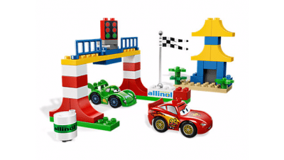 Disney Cars 2 Tokyo Racing LEGO Set