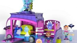Vampirina Rock N' Jam Touring Van Play Set