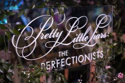 Pretty Little Liars The Perfectionists (Freeform Show)