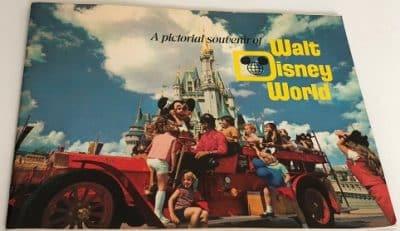 Vintage 1971 Walt Disney World Souvenir Booklet