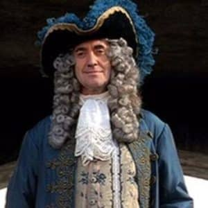 Governor Weatherby Swann pirates Of The Caribbean The Curse Of The Black Pearl
